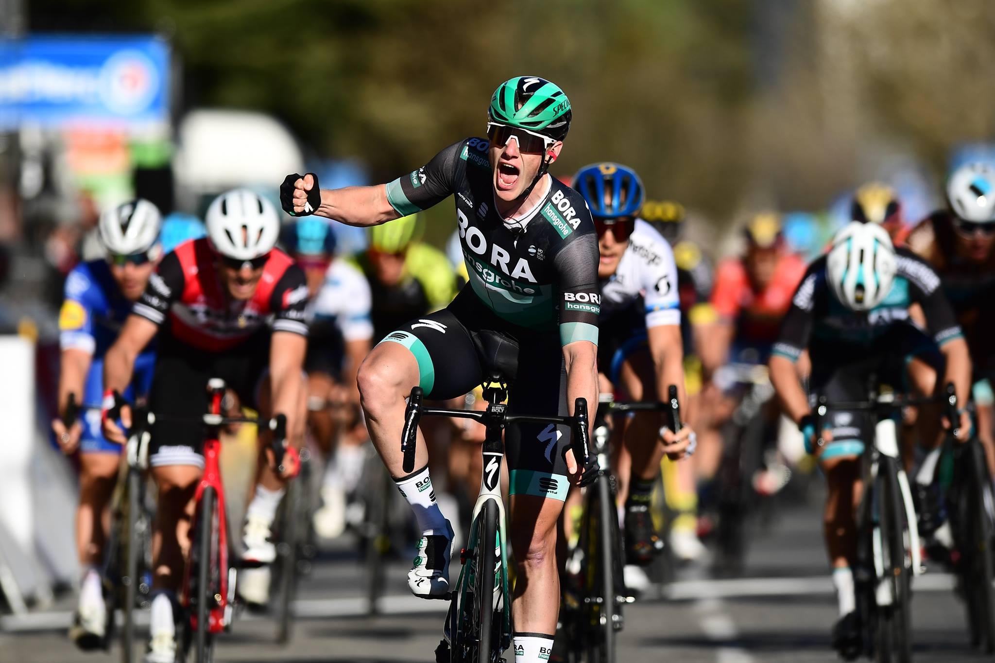 Sam Bennett vince la sesta tappa della Parigi-Nizza
