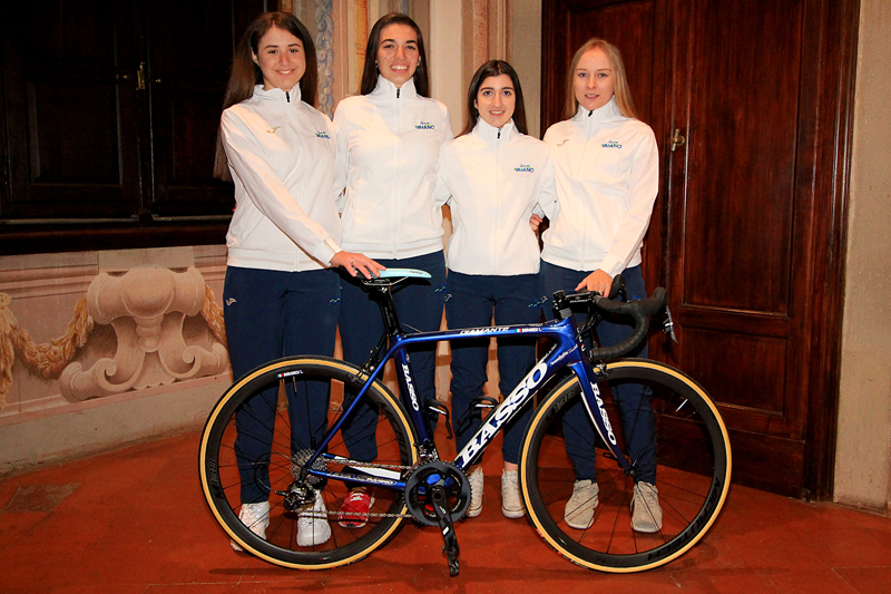 Donne Junior e Allieve del Team Aromitalia Vaiano (foto F. Ossola)