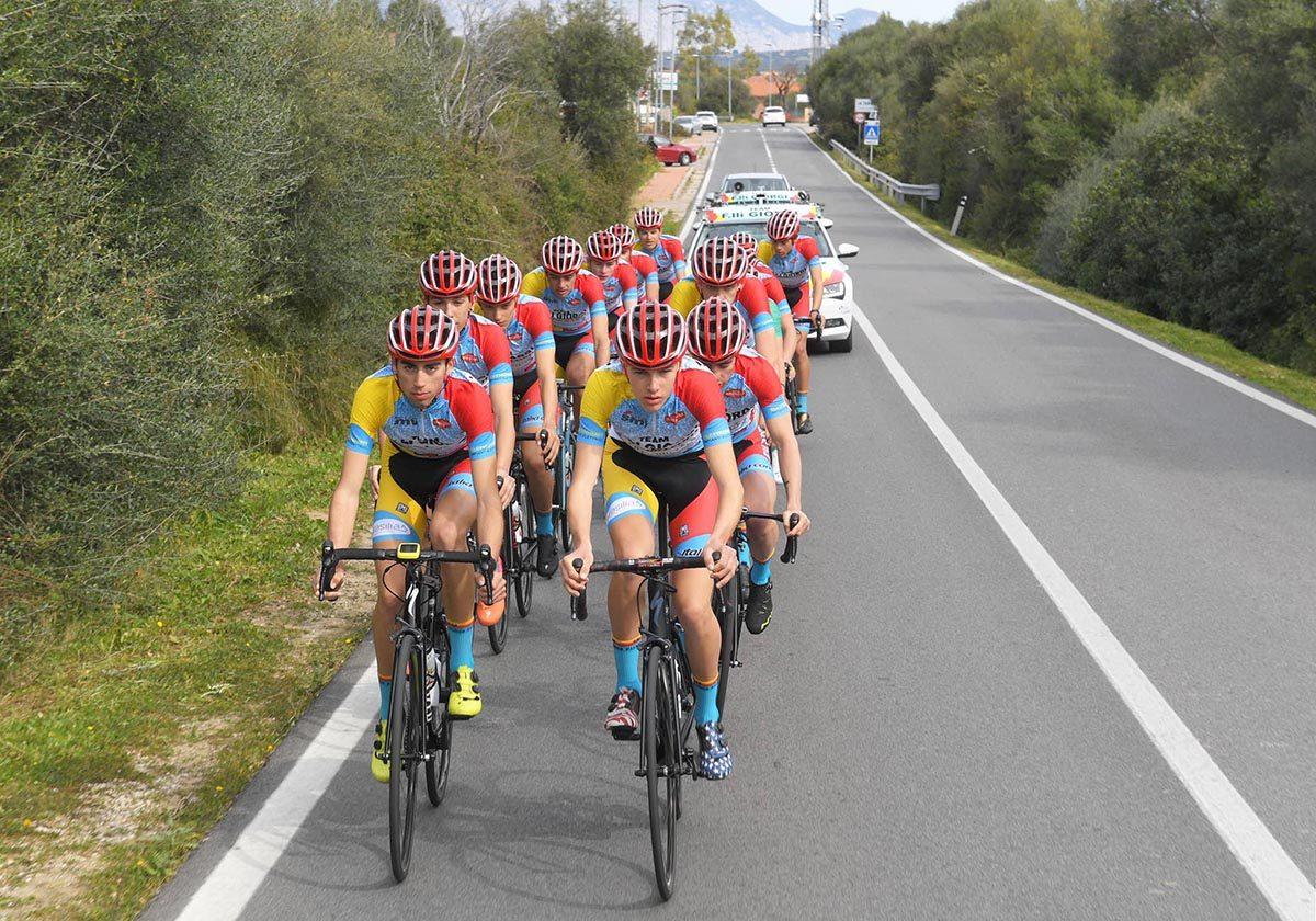 Team Giorgi Juniores in allenamento in Sardegna