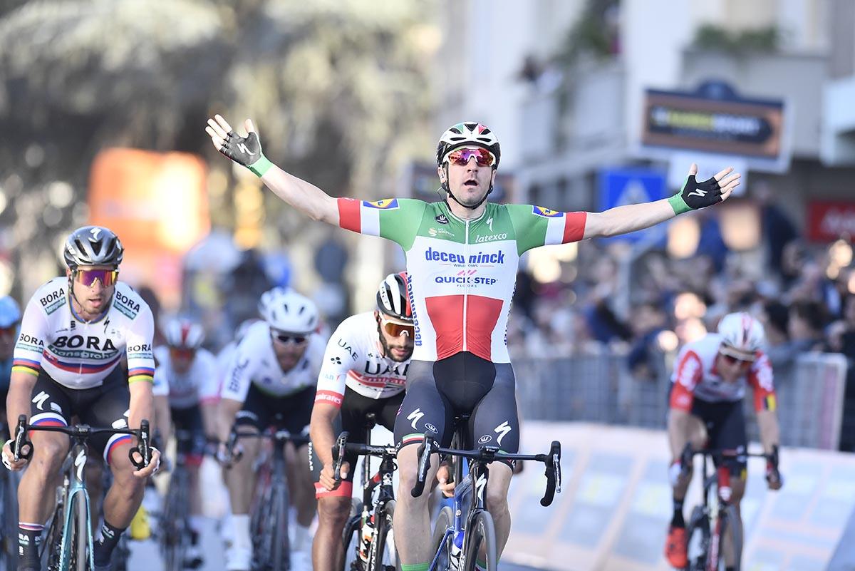 Elia Viviani vince la terza tappa della Tirreno-Adriatico 2019