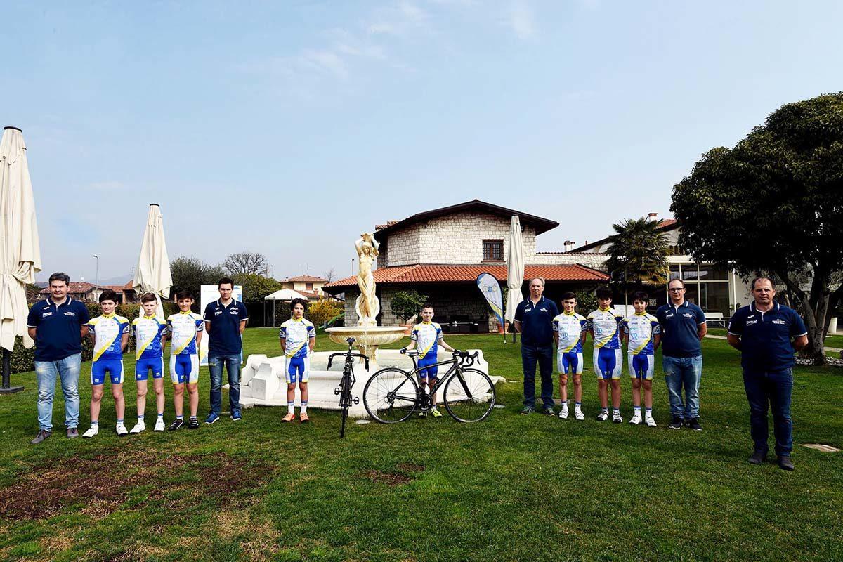 Il gruppo Esordienti della Progetto Ciclismo Rodengo Saiano 2019 (foto Diego Zanetti/BICITV)