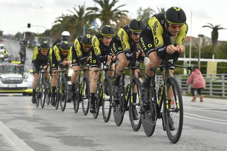 La Mitchelton-Scott vince la cronosquadre di apertura della Tirreno-Adriatico