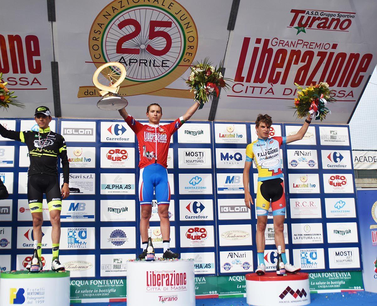 Il podio del 45° Gran Premio Liberazione Città di Massa (foto Rodella)