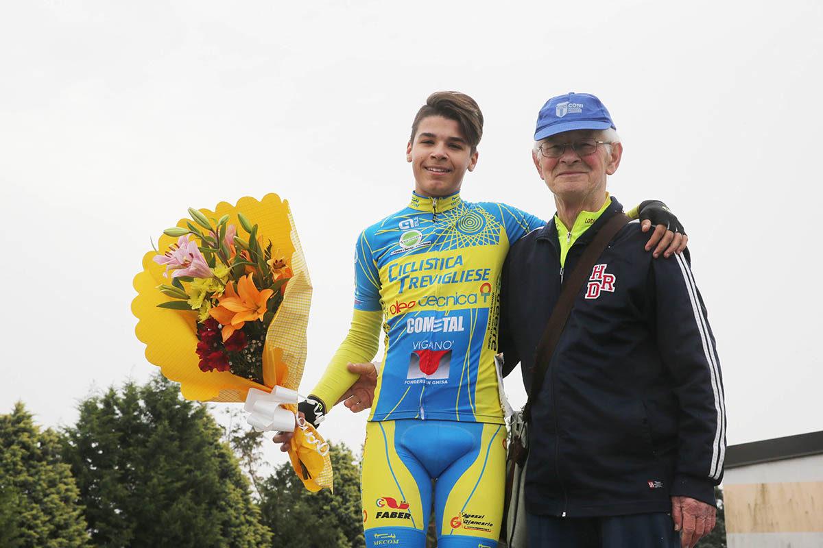 Thomas Gamba vince la gara Esordienti 1° anno di Montanaso Lombardo (foto Soncini)
