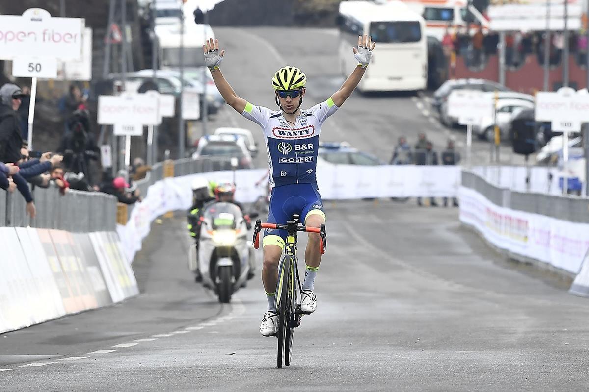 Guillaume Martin vince sull'Etna la quarta e ultima tappa del Giro di Sicilia 2019 (foto LaPresse)