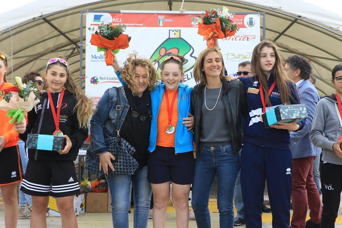 Il podio Donne Esordienti 2° anno di Moselice (foto Fabiano Ghilardi)