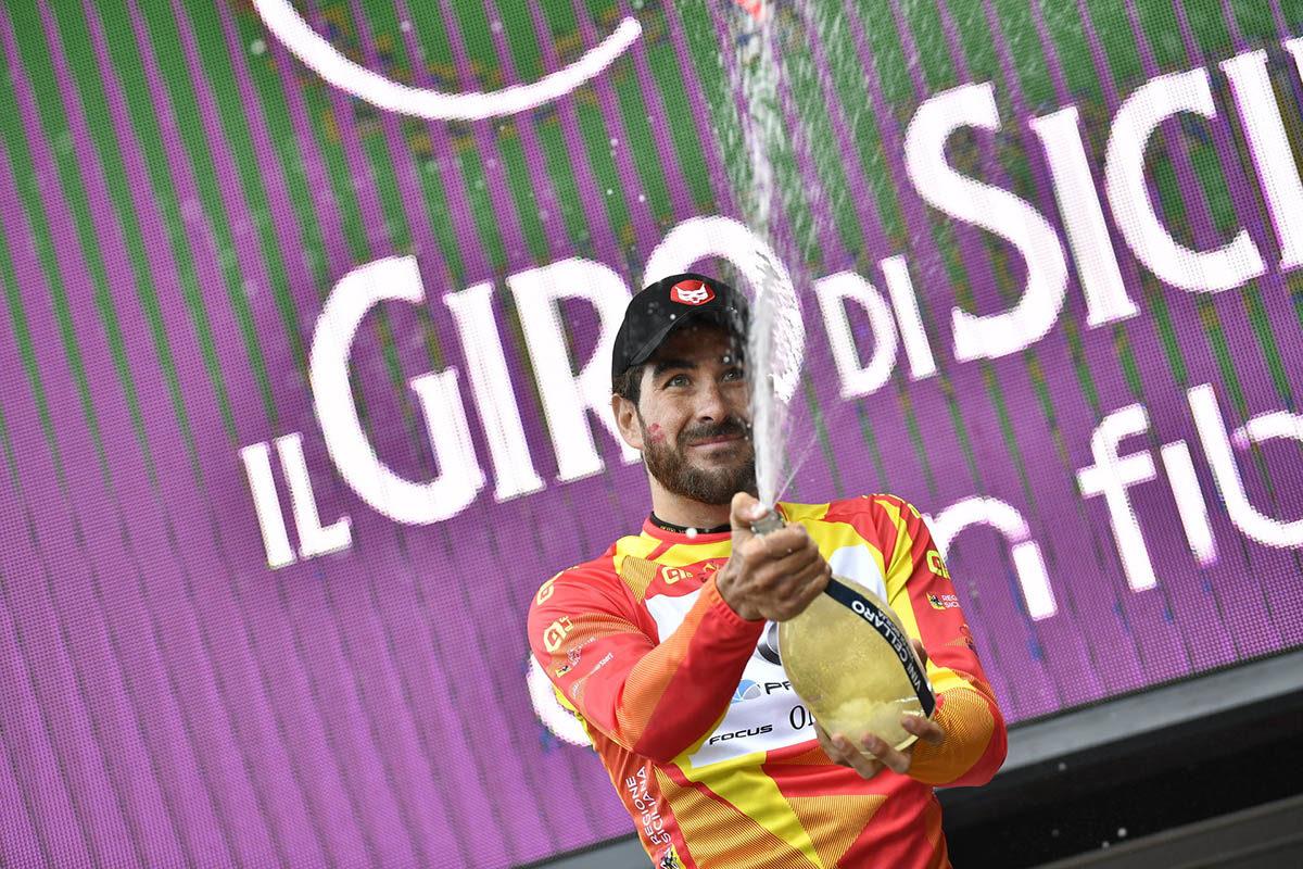 Riccardo Stacchiotti primo leader del Giro di Sicilia 2019 (foto LaPresse)