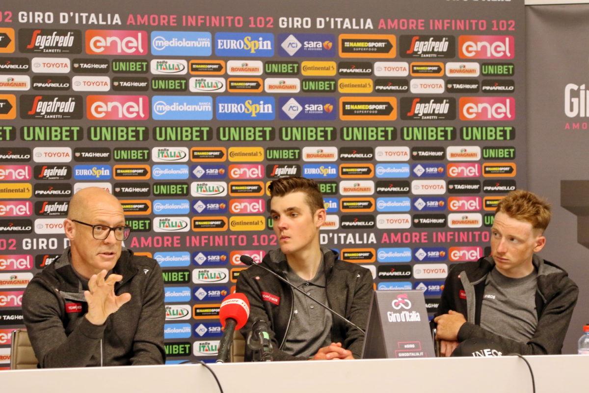 La conferenza stampa del Team Ineos (foto Photobicicailotto)