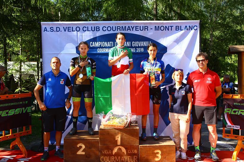 Il podio del Campionato Italia Donne Esordienti 2° anno vinto da Valentina Corvi