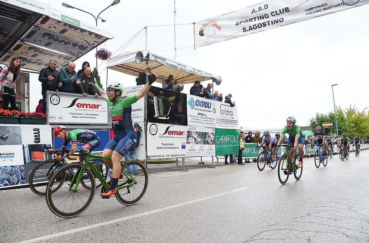 La vittoria di Gianmarco Begnoni a Castelfidardo (foto Rodella)