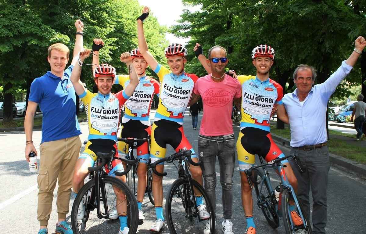 Grande festa per il Team Giorgi a Busto Arsizio (foto Berry)