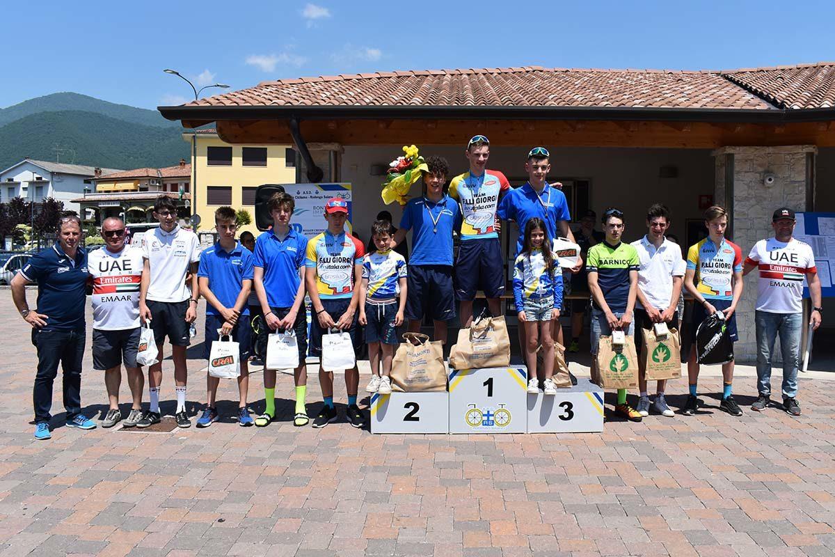 La premiazione della gara Allievi di Monticelli Bruasati (foto Luca Bontempi)
