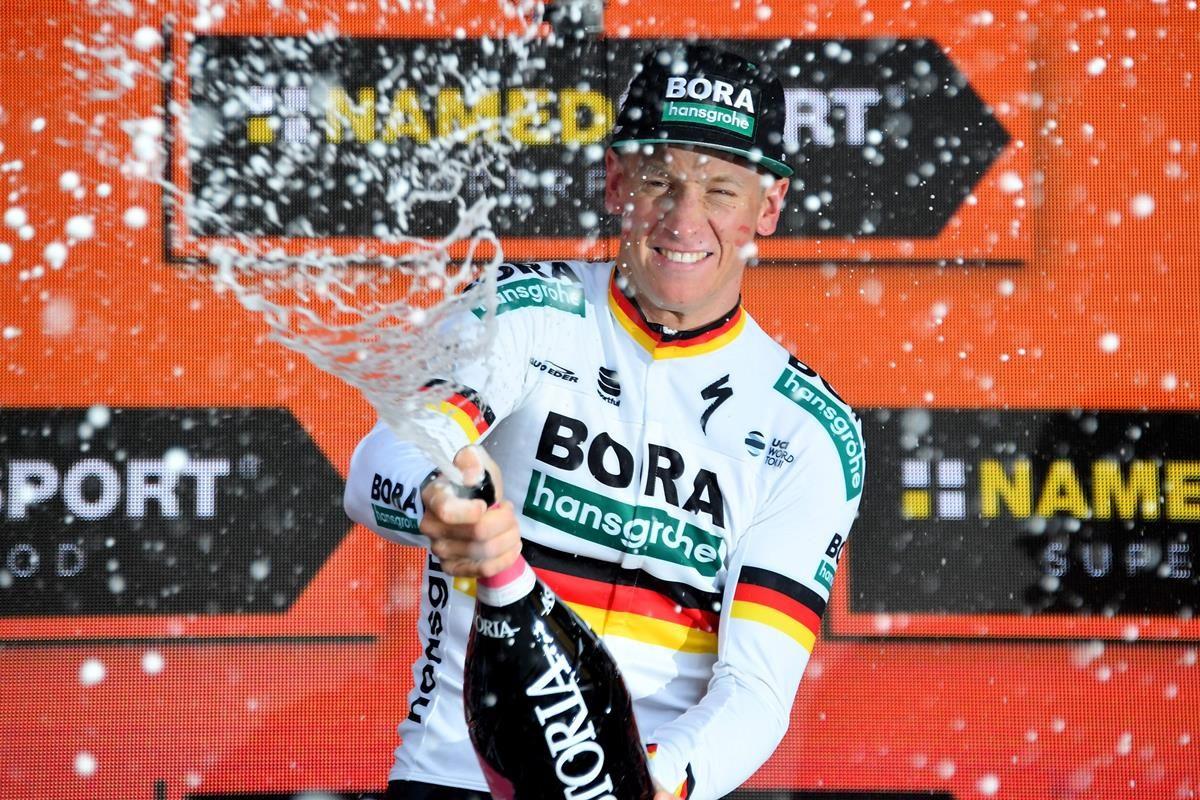 Festa per Pascal Ackermann nella quinta tappa del Giro d'Italia 2019 (foto LaPresse)