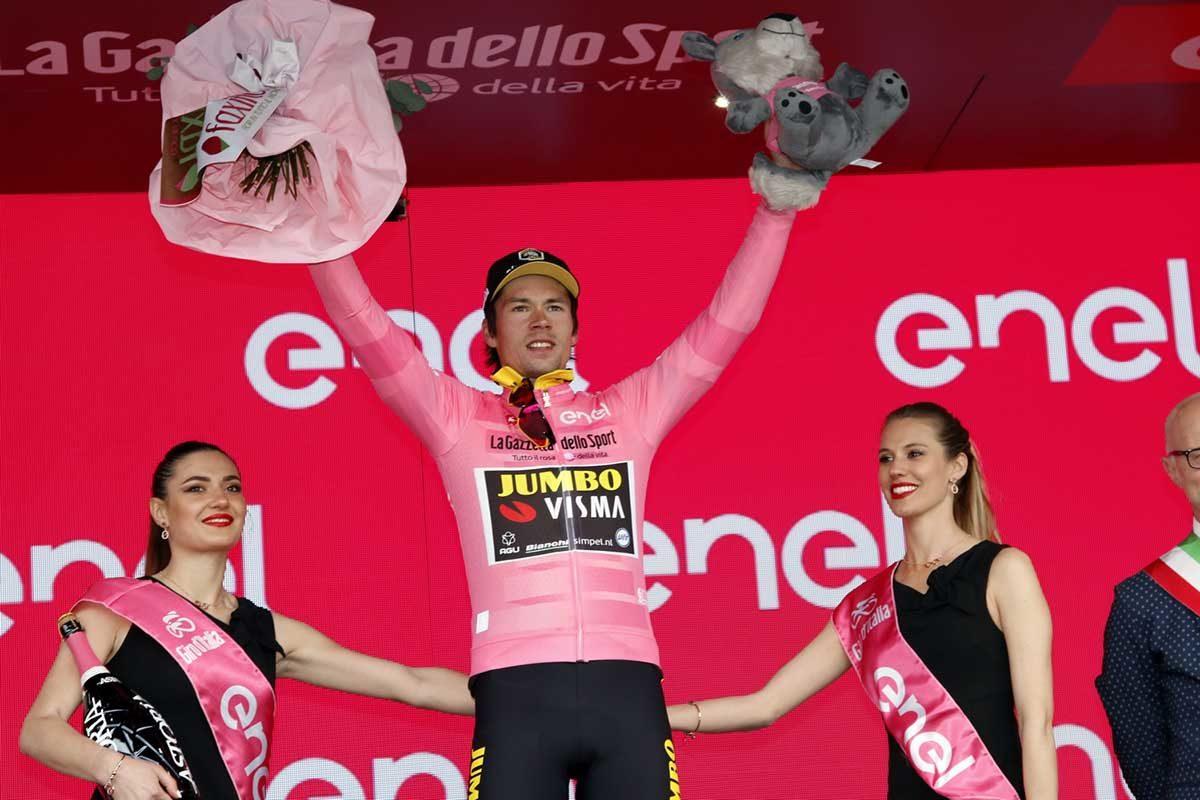 Primoz Roglic resta maglia rosa (foto Photobicicailotto)