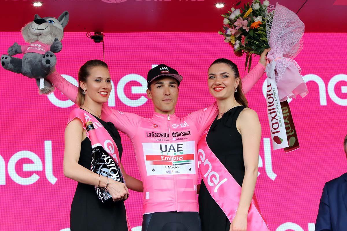 Valerio Conti resta in maglia rosa anche a Modena (foto Photobicicailotto)