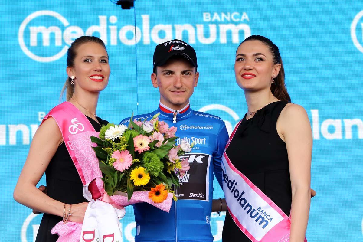 Giulio Ciccone conserva la maglia azzurra di miglior scalatore del Giro 2019 (foto Photobicicailotto)