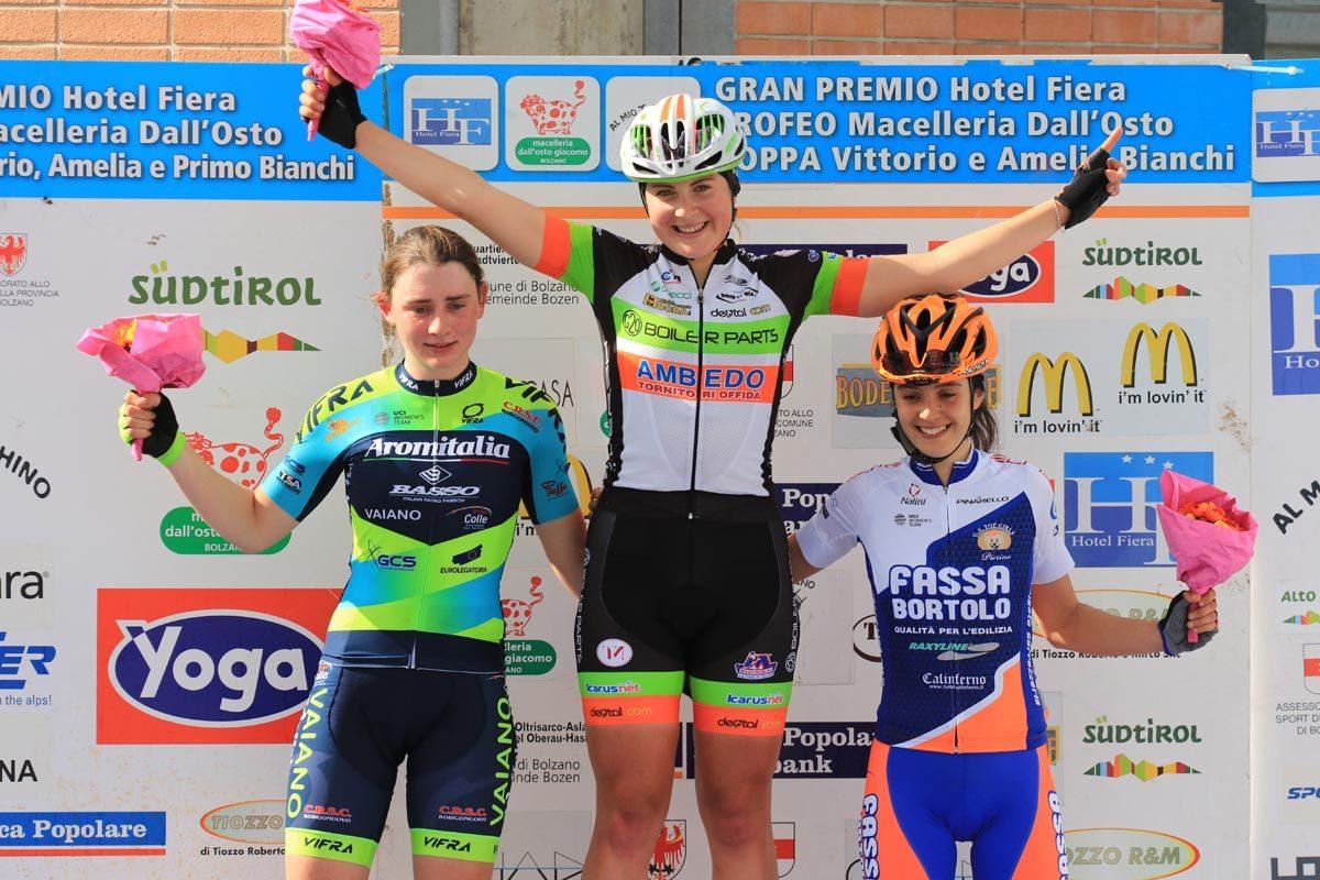 Il podio Donne Elite di Bolzano