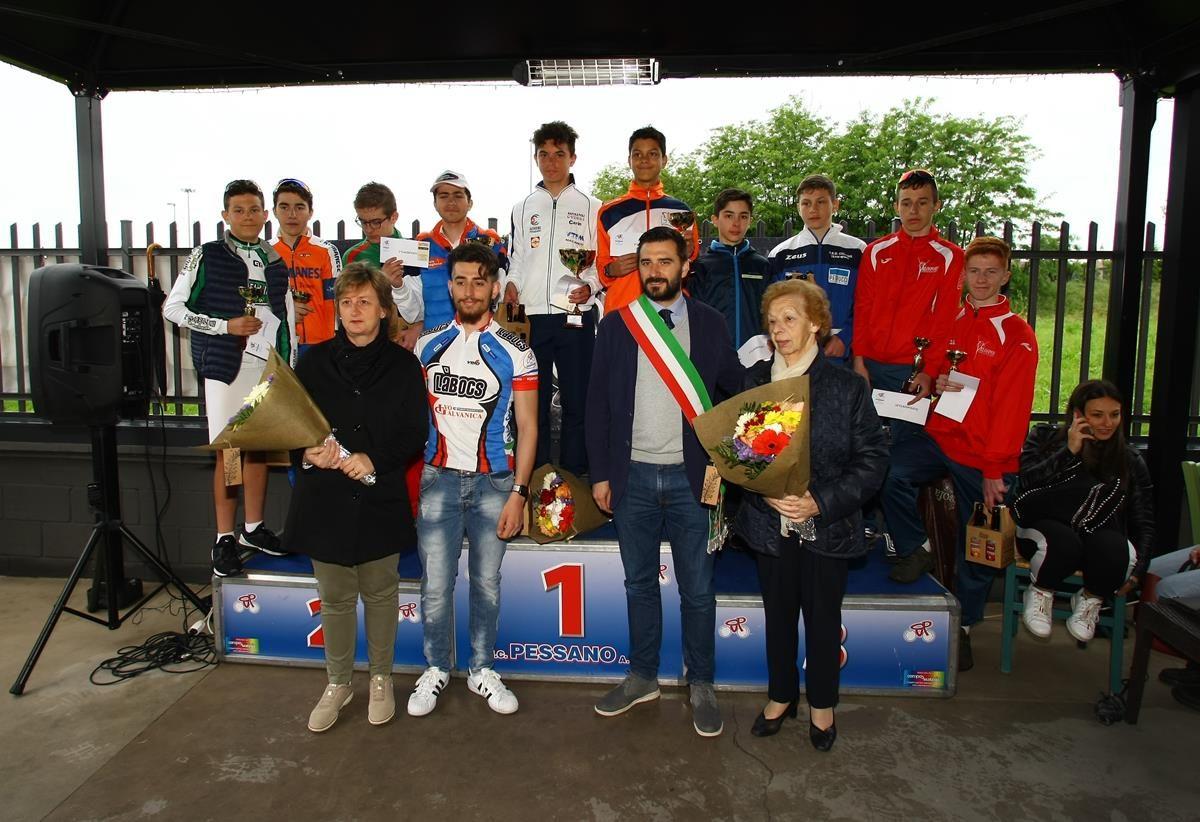 Il podio Esordienti 2° anno di Pessano (foto Berry)