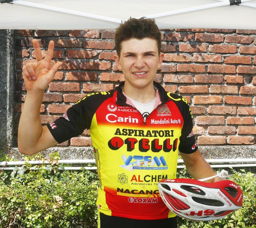 Terza vittoria stagionale di Luca Zanni a Cuggiono (foto Rodella)