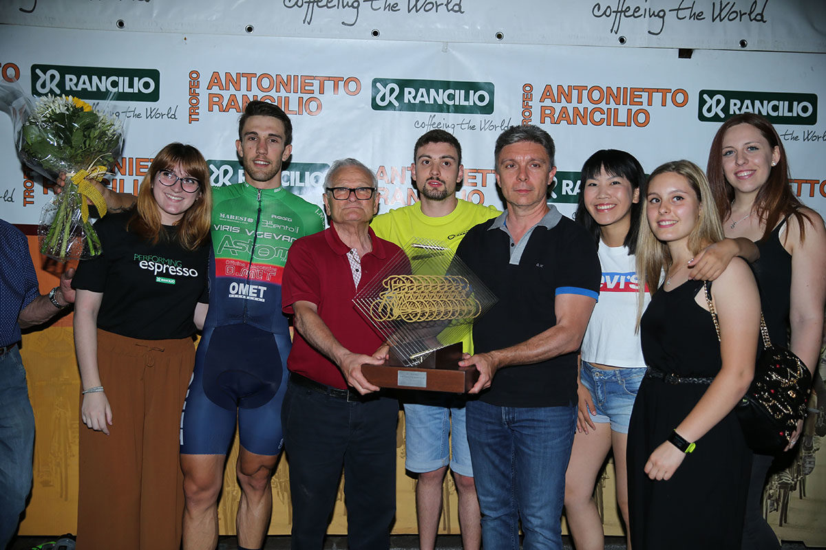Premi e festa per la Viris Vigevano a Parabiago