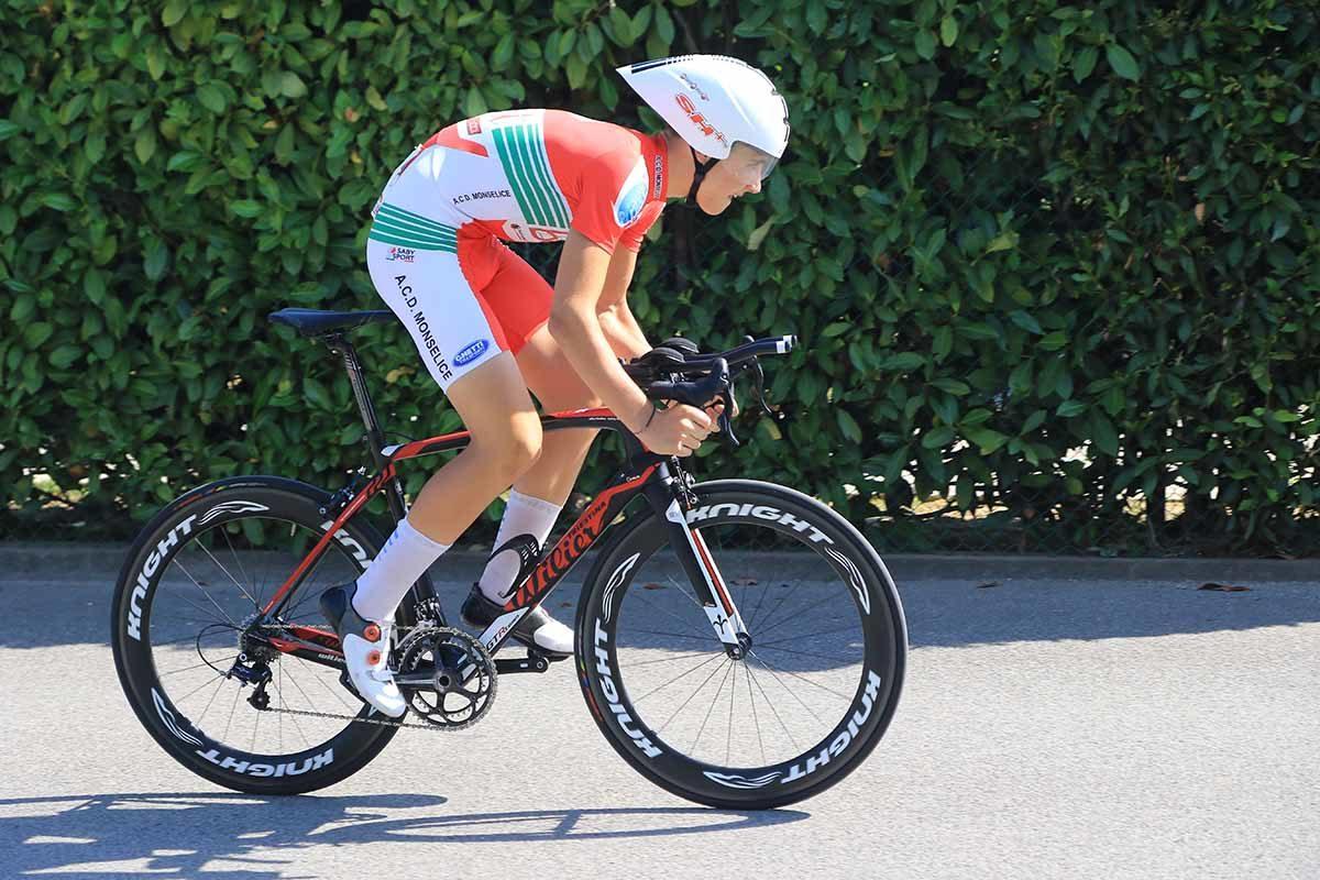 Andrea Violato in azione al Campionato Italiano a cronometro Allievi (foto Fabiano Ghilardi)