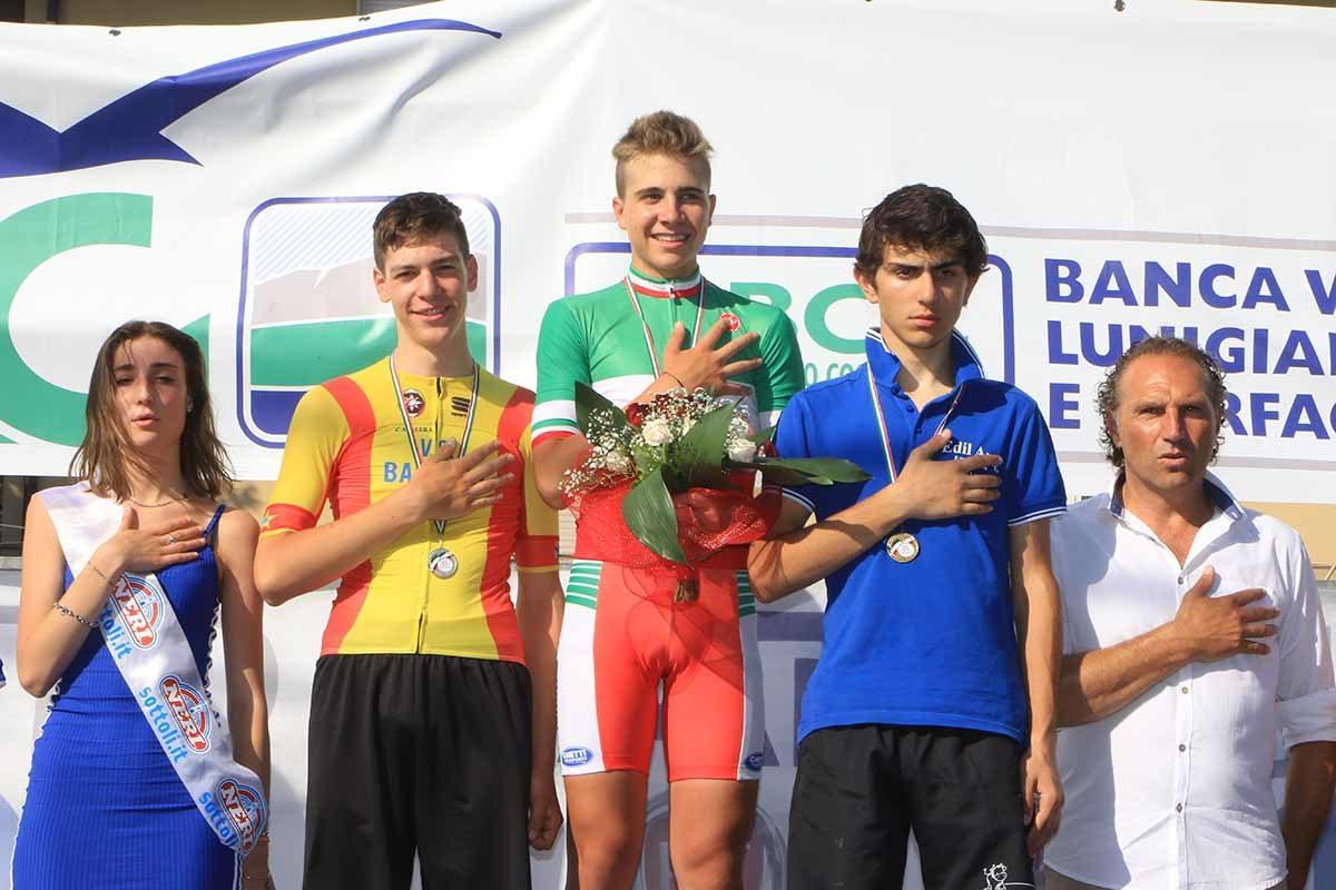 Il podio del Campionato Italiano cronometro Allievi vinto da Andrea Violato (foto Fabiano Ghilardi)