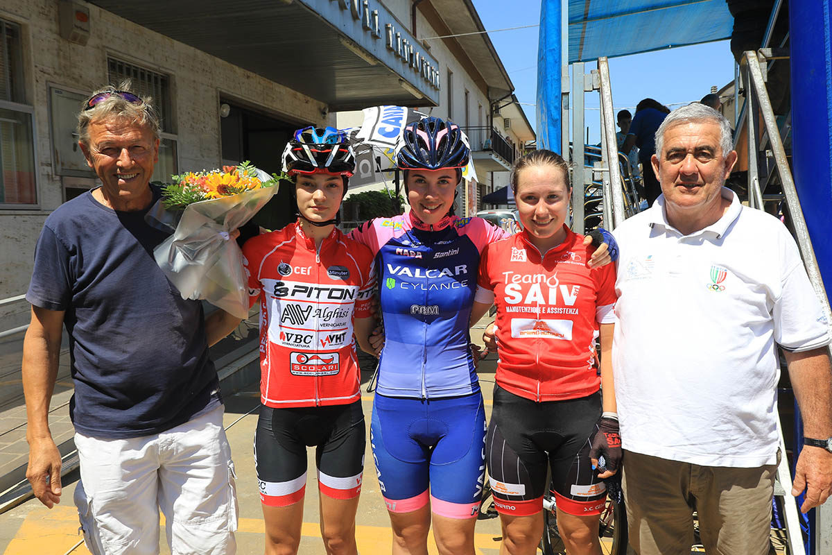 Il podio Donne Allieve a Rodigo (foto Fabiano Ghilardi)