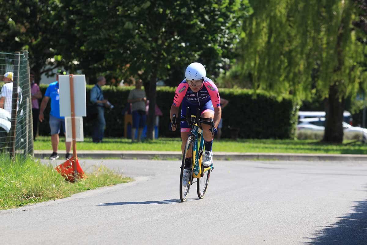 Emma Redaelli in azione al Campionato Italiano a cronometro Donne Allieve (foto Fabiano Ghilardi)