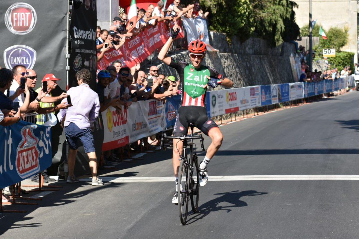 La vittoria di Marco Frigo a Corsanico che vale il titolo tricolore