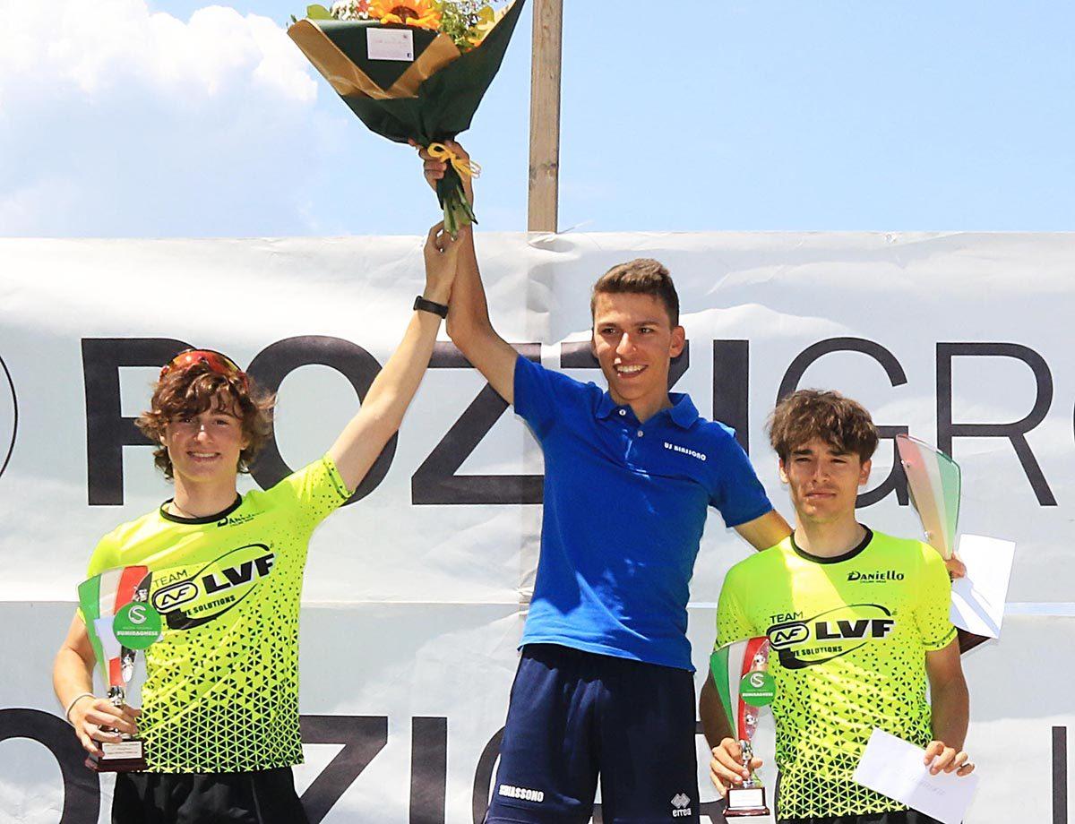 Il podio della gara Juniores di Sumirago vinta da Marco Colombo (foto Rodella)