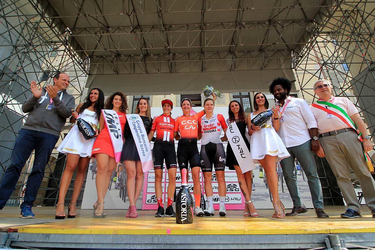 Il podio dell'ultima tappa del Giro Rosa (foto F. Ossola)