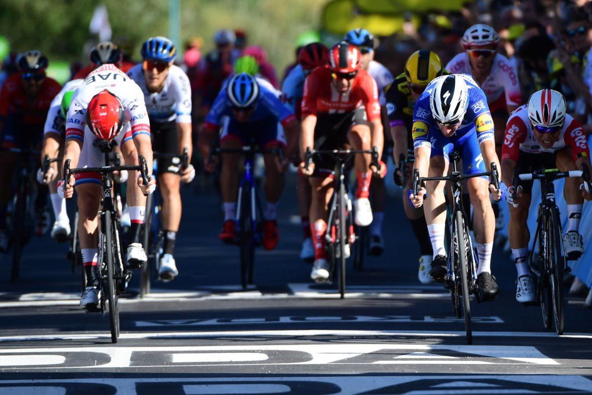 Elia Viviani vince la quarta tappa del Tour de France (foto A.S.O./Pauline Ballet)