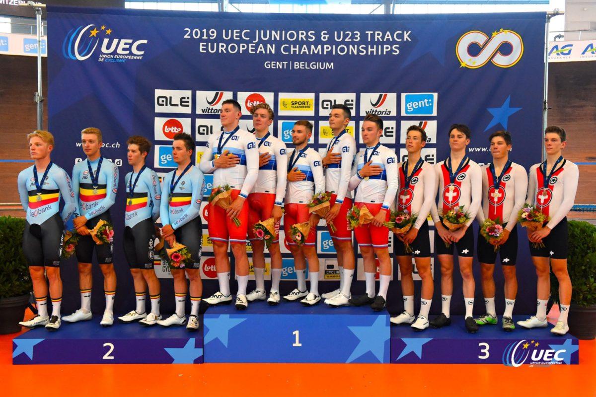 Il podio dell'Europeo dell'Inseguimento a squadre U23 (foto UEC/BettiniPhoto)