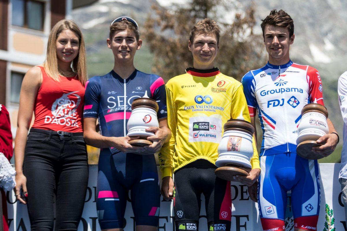 Il podio finale del Giro Valle d'Aosta 2019 (foto Giro VdA)
