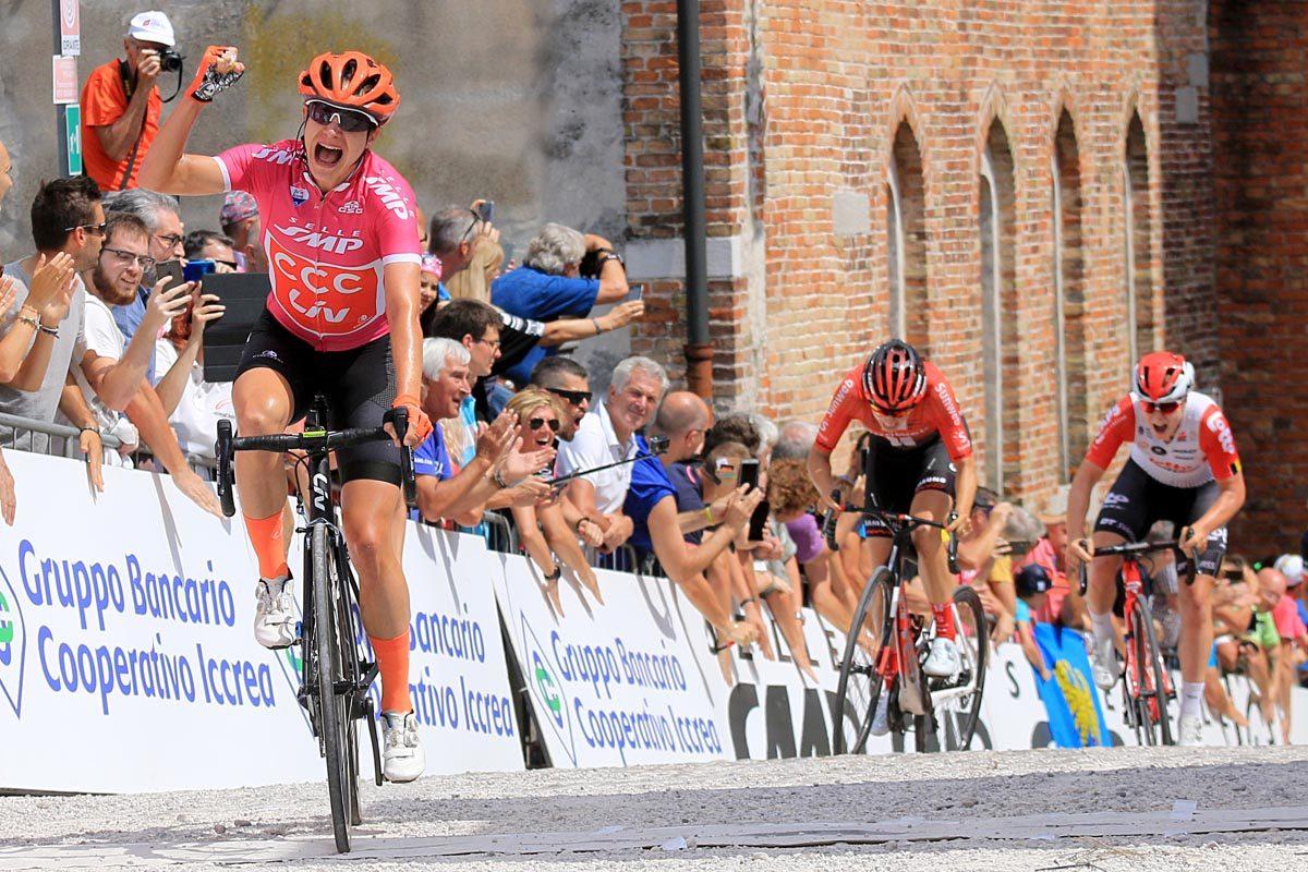 Marianne Vos vince l'ultima tappa del Giro Rosa (foto F. Ossola)