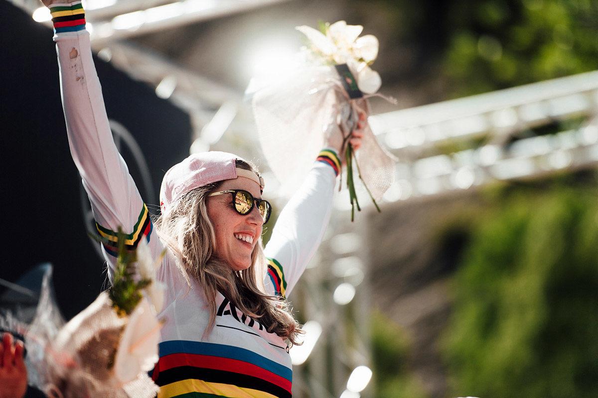 Rachel Atherton vince la prova di UCI DH World Cup a Vallnord