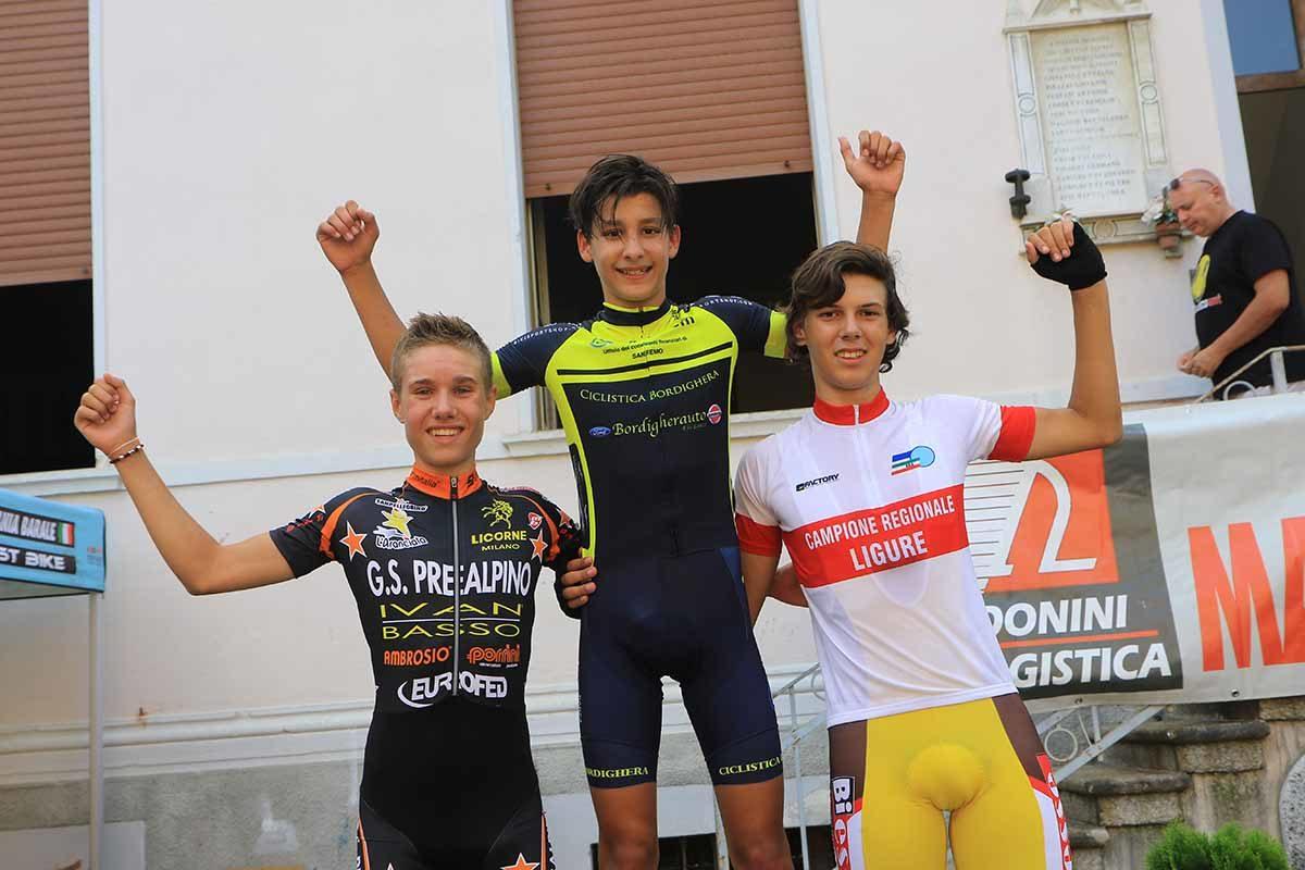 Il podio assoluto della gara Esordienti di Fomarco (foto Fabiano Ghilardi)