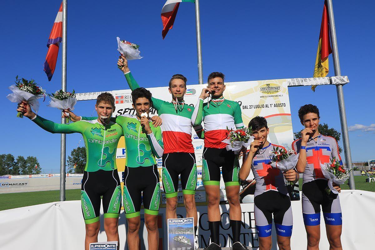 Il podio del Campionato Italiano Velocità a squadre Esordienti (foto Fabiano Ghilardi)