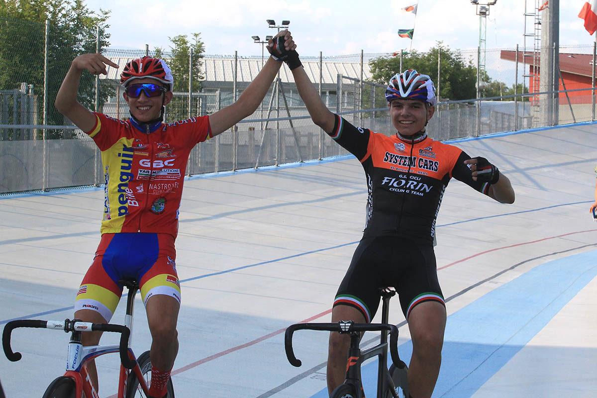 Matteo Fiorin e Simone Gualdi si complimentano a vincenda (foto Fabiano Ghilardi)