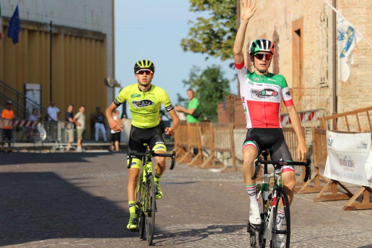 Il campione italiano Gianmarco Garofoli e il compagno Sergio Meris chiudono al secondo e terzo posto