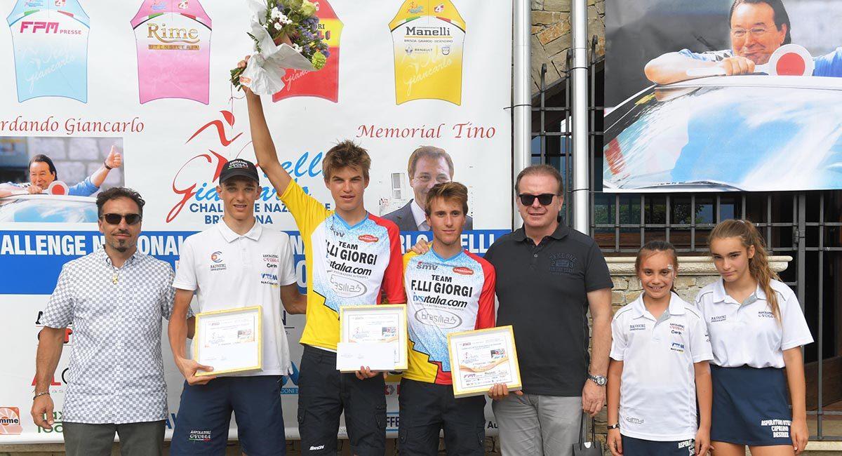 Il podio della cronometro della Challenge Nazionale Bresciana Giancarlo Otelli(foto Rodella)