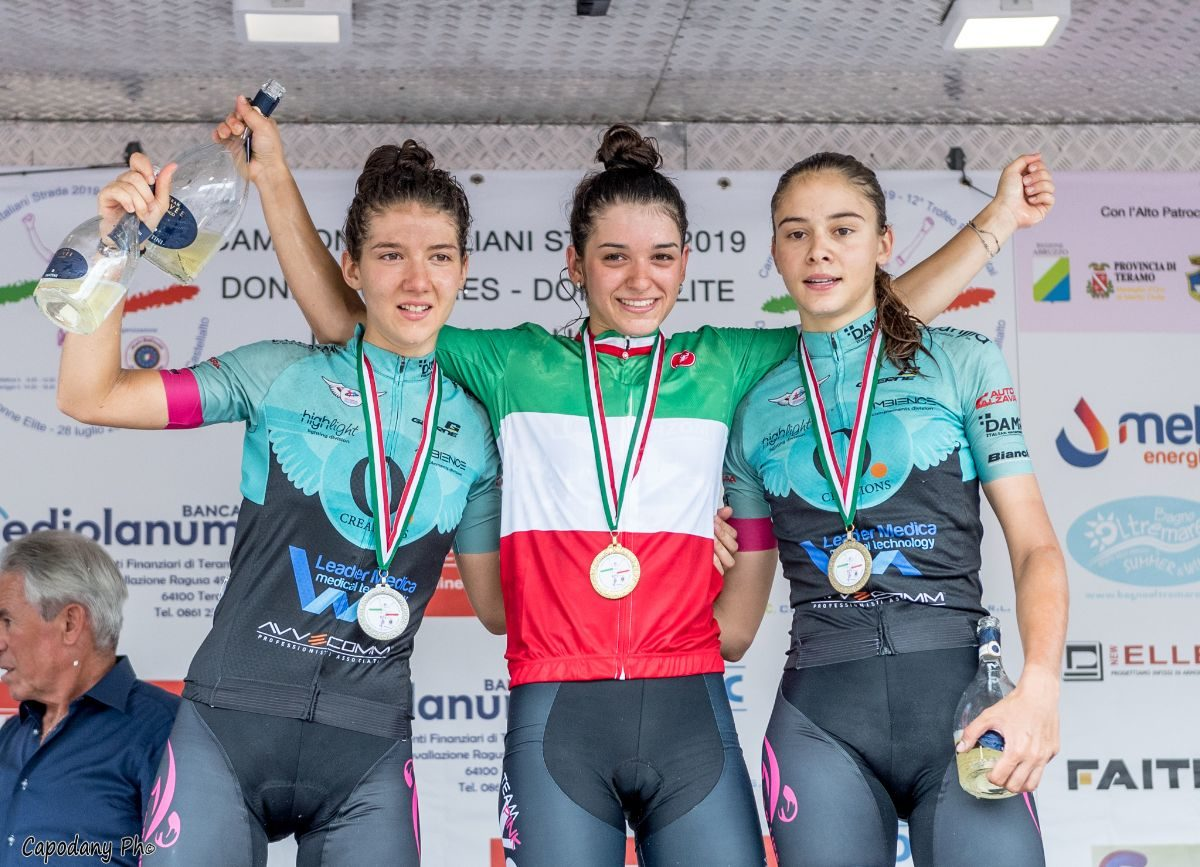 Il podio del Campionato Italiano Donne Junior (foto Daniele Capone)