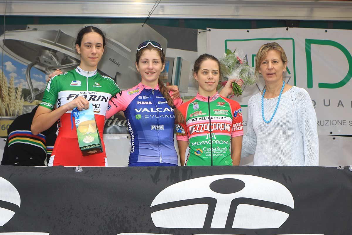 Il podio Donne Esordienti di Sarcedo (foto Fabiano Ghilardi)