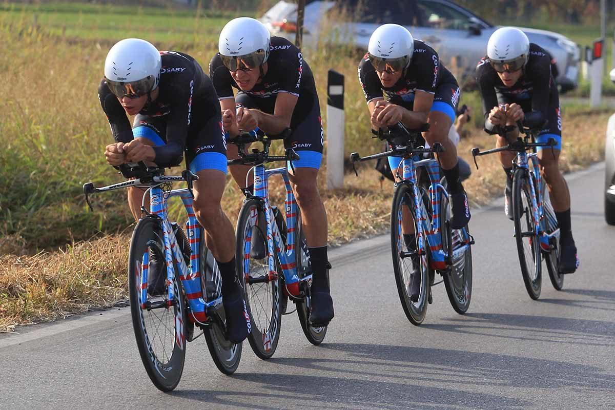 Il Team Colpack in azione al Campionato Italiano Cronosquadre Under 23 (foto Fabiano Ghilardi)