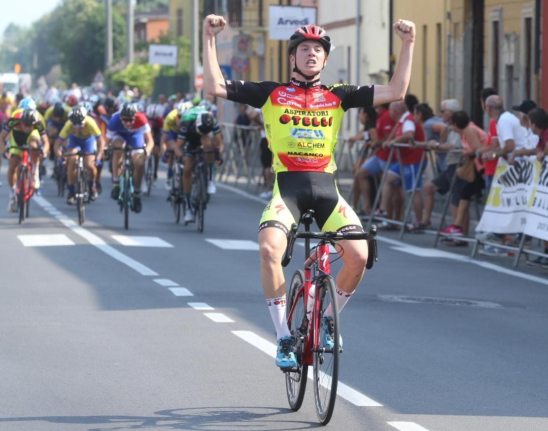 Gabriele Casalini vince a Persichello (foto Rodella)