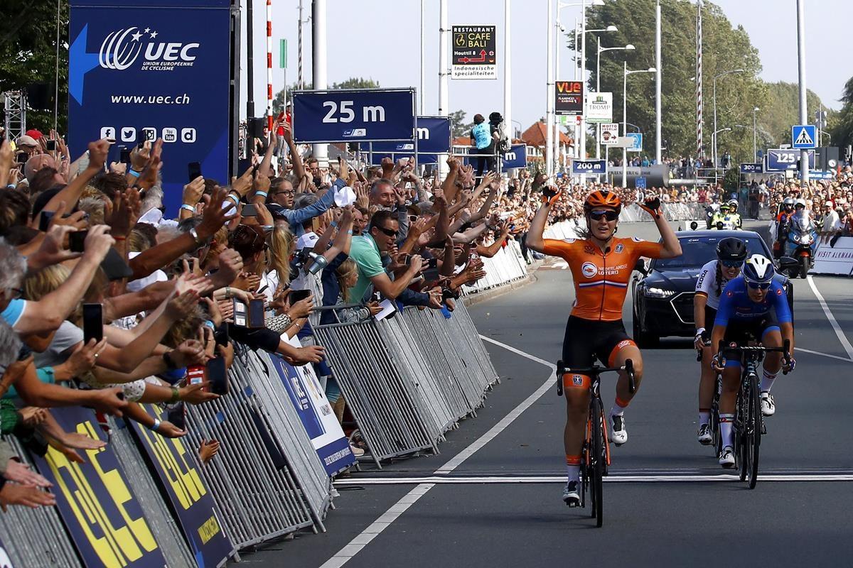 Amy Pieters vince il Campionato Europeo strada Donne Elite (foto BettiniPhoto)