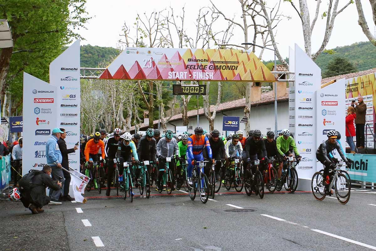 Calendario Granfondo 2020.Il 10 Maggio 2020 A Bergamo Una Granfondo Gimondi Bianchi A