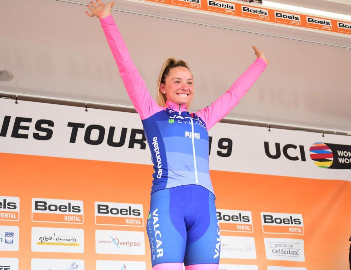 Chiara Consonni festeggia la vittoria nell'ultima tappa del Boels Ladies Tour 2019 (foto Twila Muzzi)