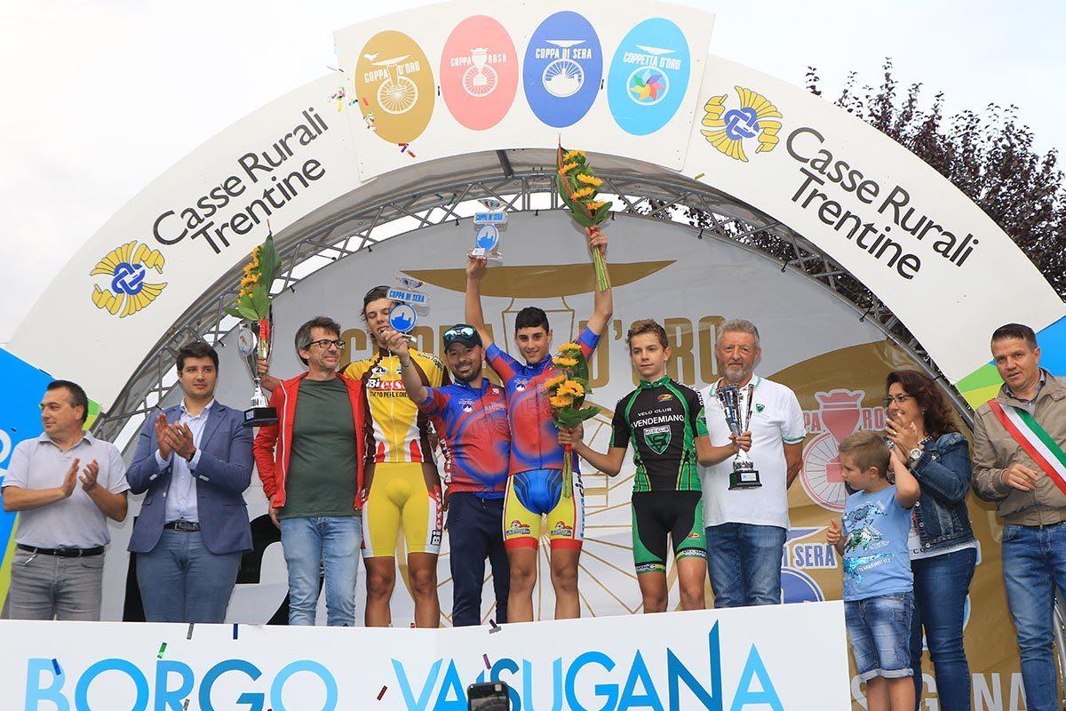 Il podio della Coppa di Sera Esordienti 2° anno (foto Fabiano Ghilardi)
