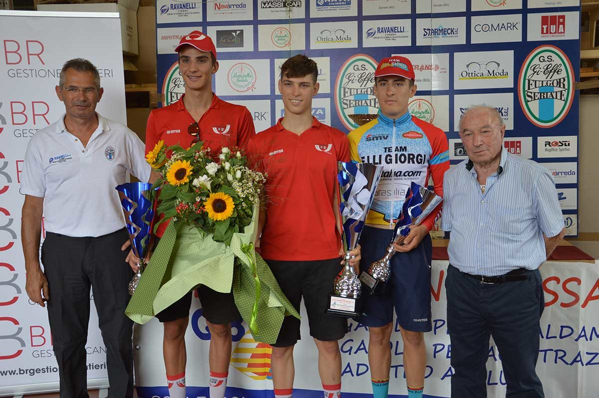 Il podio della gara Allievi di Gorle